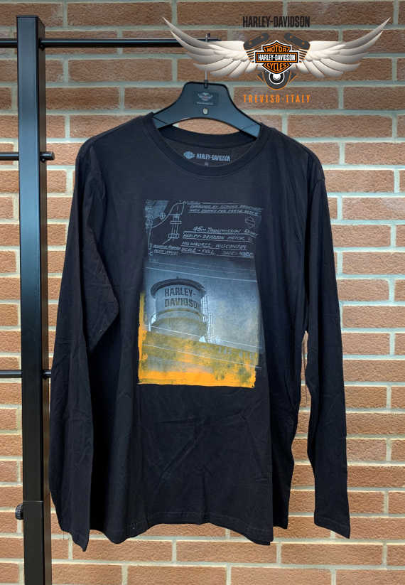 T-SHIRT BLACK WATER TOWER